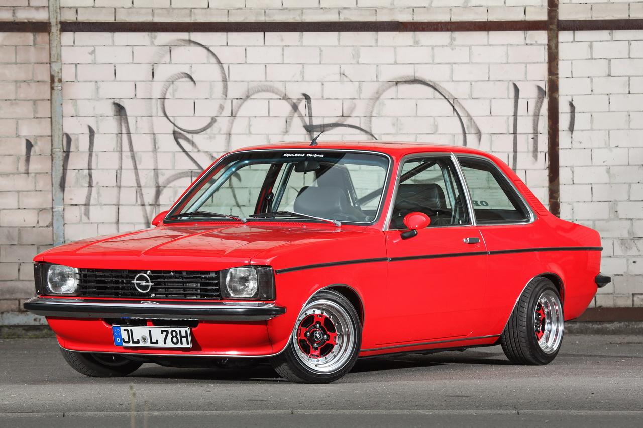 Opel Kadett C Limo: Shining Star - Fotostrecke - VAU-MAX ...