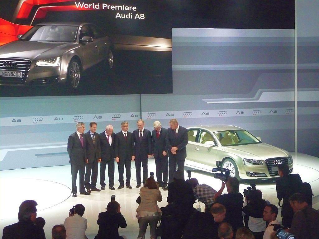 Audi A8 Weltpremiere in Miami: Audi präsentiert sein neues ...