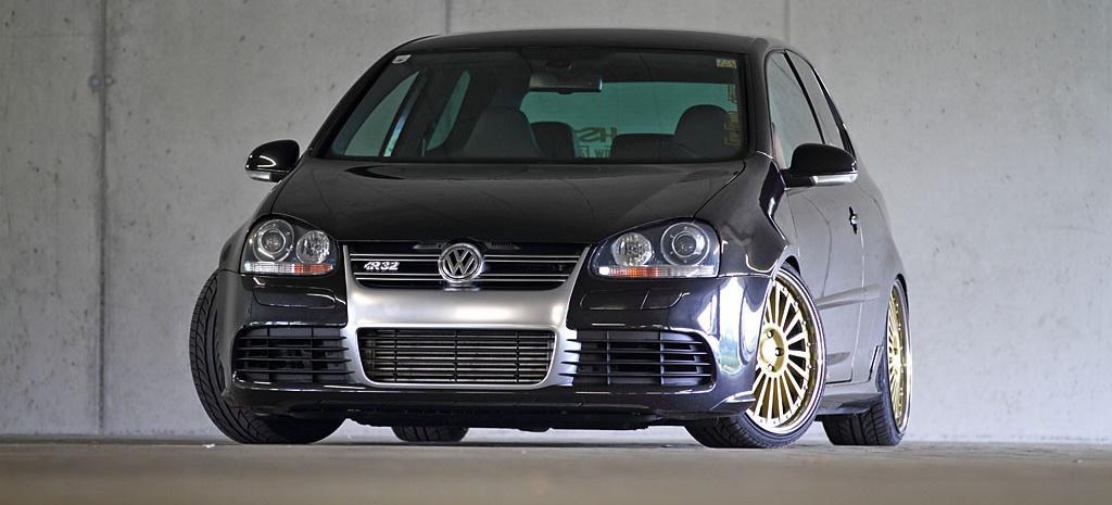 hochgemosert golf 5 r32 turbo mit garantiert seltenen r dern geladener gast f nfer turbo. Black Bedroom Furniture Sets. Home Design Ideas