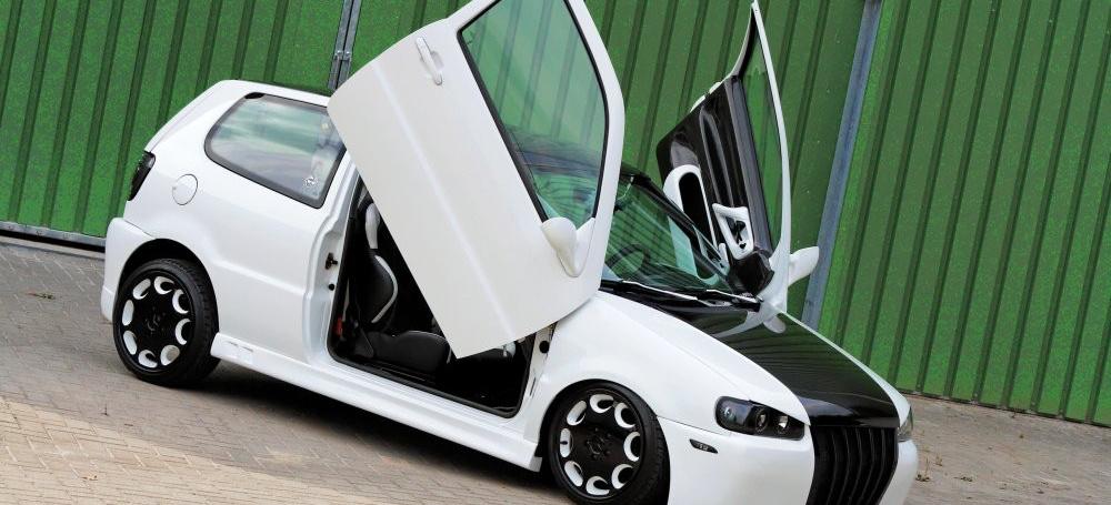 schwarz oder weiss polo 6n 1995er polo 6n mit airride und fl gelt ren auto der woche vau. Black Bedroom Furniture Sets. Home Design Ideas