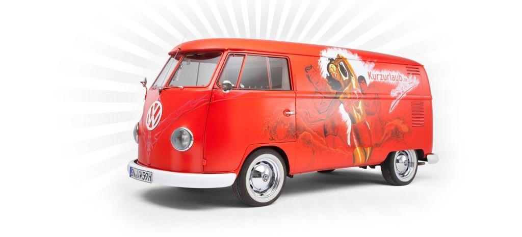 der reise bus vw t1 bulli als rollende werbetafel vw klassiker aus dem jahre 1959 klassik. Black Bedroom Furniture Sets. Home Design Ideas