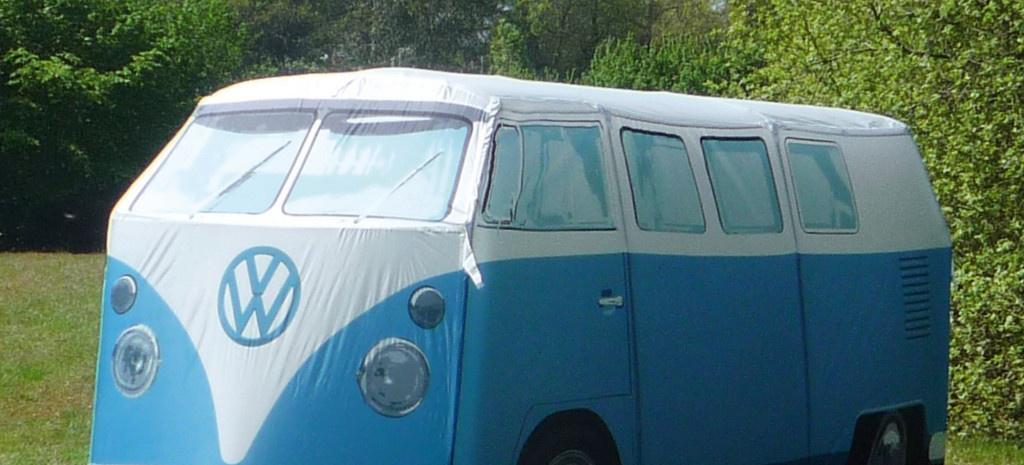 vw t1 bulli als zelt der etwas andere camping bus news. Black Bedroom Furniture Sets. Home Design Ideas
