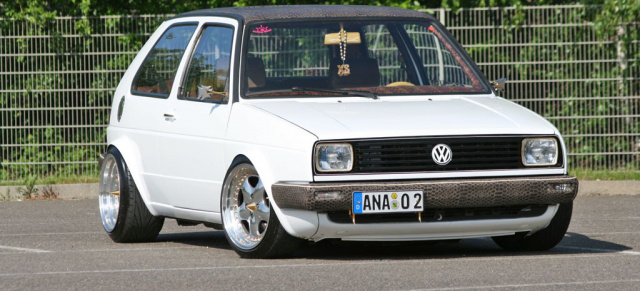 Custom King Extremes Golf 2 Tuning Der Koenig Ist Tot Es Lebe Das Tuning further Scirocco besides Classic Cars Sa What Makes This Vw Jetta Mkii So Special In Uitenhage 20160909 together with  besides Caddy Mk1 1 9 8v Td Aaz. on vw mk2 16v