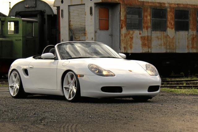 Six In The Middle Porsche Boxster Tuning Und Wieder
