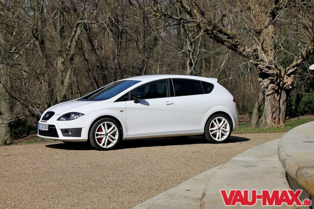240 ps seat leon cupra im vau max test 2010 fahrbericht. Black Bedroom Furniture Sets. Home Design Ideas