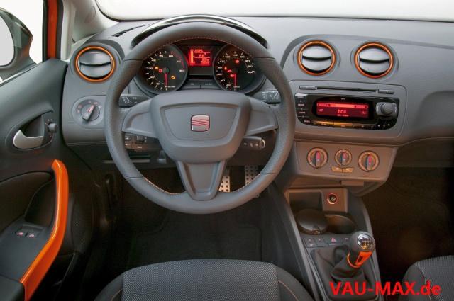 Seat ibiza sc sport limited seat legt auf 300 st ck for Seat ibiza innenraum