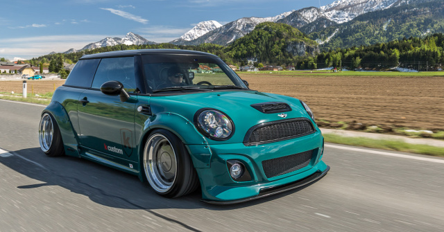 not normal zwei mini cooper s im liberty walk style die. Black Bedroom Furniture Sets. Home Design Ideas