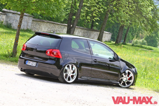 die kunst der tiefe 2006er golf 5 gti umbau tuning am. Black Bedroom Furniture Sets. Home Design Ideas