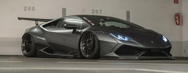 Lexy Roxx Lamborghini Blitz